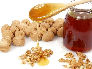 Walnut with honey